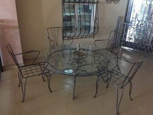 111 Wrought Iron Table Chairs