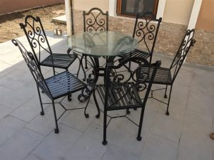 113 Wrought Iron Table Chairs