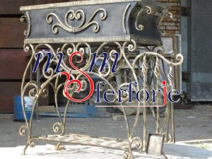 003 Wrought Iron Fireplace Cover Set