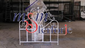 031 Wrought Iron Bed Head
