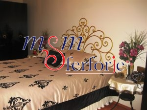 032 Wrought Iron Bed Head