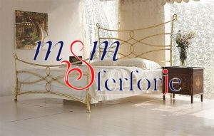 039 Wrought Iron Bed Head