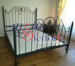 005 Wrought Iron Bed Head